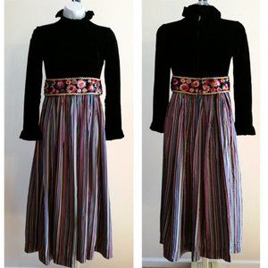 Vintage 60's Saks Fifth Avenue The Young circle